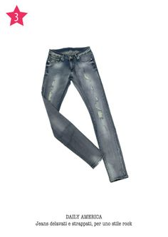 DAILY AMERICA - Jeans delavati e strappati, per uno stile rock.