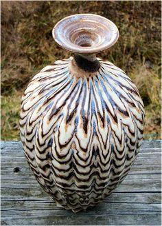Agate vase Eck McCanless