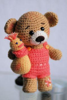 Teddy und sein Freund Ducky Amigurumi Häkeltier mit Ente gehäkelt