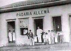 1900 - Padaria Allemã no Largo 13 de Maio no bairro de Santo Amaro (na época era município).