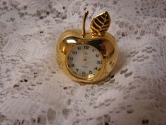Collezio Collectible Brass Miniature Quartz Novelty Clock Apple