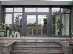CarisRTH - Ramen en deuren | Timmerwerken | Houthandel