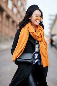 It's true: Scandinavian girls are impeccably stylish. See our street style photos from Stockholm Fashion Week. Stockholm Fashion Week, Stockholm Street Style, Paris Street, Autumn Street Style, Street Style Looks, Winter Style, Cool Street Fashion, All About Fashion, Elegant