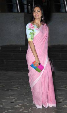 My Saree Wardrobe Kalamkari Blouse Designs, Sari Blouse Designs, Blouse Patterns, Pink Saree Blouse, Saree Dress, Sexy Blouse, Beautiful Saree, Beautiful Outfits, Winter Typ