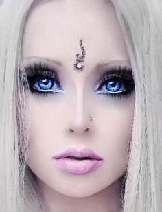 Valeria Lukyanova, Before & After, Real Barbie doll, Russian Model