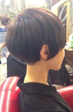 Cute cut while growing out a pixie New Hair Do, Great Hair, Big Hair, Stylish Short Haircuts, Short Hairstyles For Women, Cool Hairstyles, Short Hair With Layers, Short Hair Cuts, Short Hair Styles