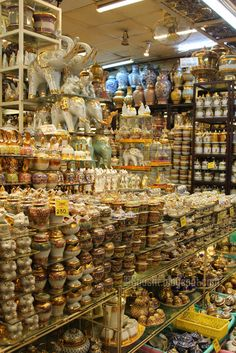 Shopping in Thailand. Bangkok markets |  Bangkok's Chatuchak Weekend Market is one of the biggest, largest, hugest, grandest weekend shopping markets in the world, comprising of more than 5,000 shops.