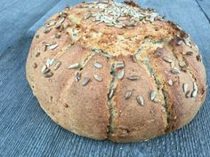 Sonnenblumenbrot – Backen mit Christina … Bread, Food And Drink, Petra, Baguette, Sunflower Seeds, Drink Recipes, Cooking Recipes, Kochen, Breads