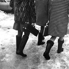 Vivian Maier. A nanny. A street photographer. Never showed her work in her lifetime. Discovered serindipitiously by H. Maloof & J. Goldstein. Amazing woman. Amazing photographs.