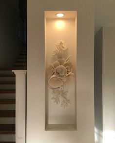 Every now and again my customers throw me a challenge. This coral display was specific to a wall recess. 17 pieces of coral floating under… Small Space Interior Design, Home Room Design, Modern Interior Design, Living Room Designs, Living Room Decor, Niche Design, Foyer Design, Entrance Design, Niche Decor