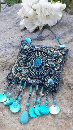Sellő nyaklánc (sugarfono) - Meska.hu Bead Embroidery Jewelry, Beaded Embroidery, Turquoise Necklace, Beading, Handmade, Fashion, Stamps, Moda, Beads