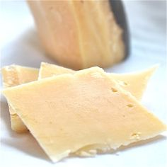 Vintage Van Gogh Aged Gouda - Roth Cheese  Monroe, WI...just bought some this weekend and had no idea it was from Monroe! Weeee!