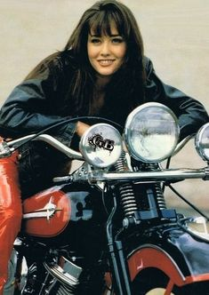 Picture of Shannen Doherty Lady Biker, Biker Girl, Girl Motorcycle, Bervelly Hills, Hd Vintage, Iron Eagle, Shannen Doherty, 80s And 90s Fashion, Beverly Hills 90210