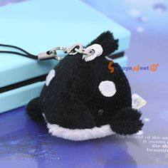 Soft and Downy Mini Animal Stuffed Toy Cell Phone Strap (Killer Whale) - Hamee.com
