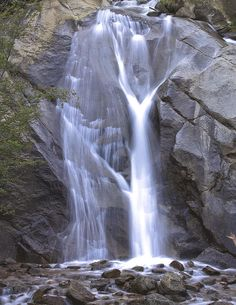 Its sad ive lived in colorado my whole life & have never heard of this! Very beautiful!! ✮ Helen Hunt Falls - Colorado