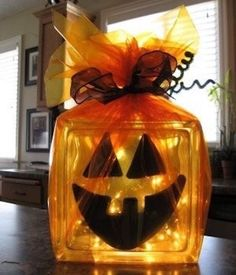 DIY Fall Decoration Ideas. Fall decorations for the fireplace. Fall wreaths. Pumpkin decorating ideas. Fall mantle. SO MUCH MORE!