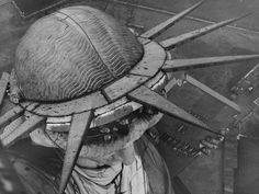 On this day in French sculptor Frederic Auguste Bartholdi was awarded a patent for his design of the Statue of Liberty. 21 Vintage Photos of the Statue of Liberty Rare Historical Photos, Rare Photos, Old Photos, Vintage Photos, Vintage Photographs, Statue Of Liberty Crown, Journey To The Past, Voyage New York, World Pictures