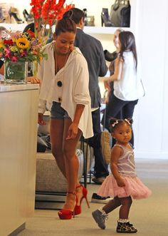 Love her outfit!! Thos shoes r too gorg! And the little one looks style'n too!!