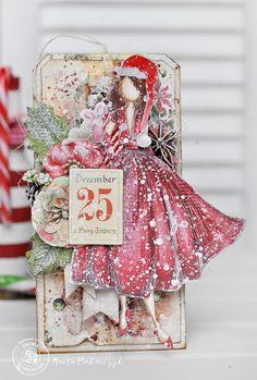 Dziś na blogu Prima Marketing  finał zabawy 12 Days of Christmas.. . ja zrobiłam tym razem na ten dzień taga z lalką Julie Nutting- Ritą.   ...