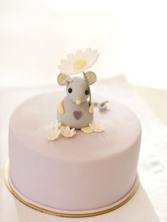little mouse cake by petite homemade