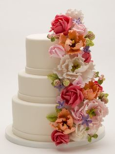 """""""The Ultimate Wedding Bouquet ~ all sugar paste flowers and totally edible Round Wedding Cakes, Amazing Wedding Cakes, Wedding Cakes With Cupcakes, Unique Wedding Cakes, Wedding Cake Toppers, Amazing Cakes, Gorgeous Cakes, Pretty Cakes, Fondant Flowers"""