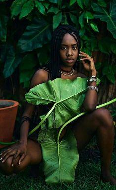 Glam Photoshoot, Photoshoot Concept, Photoshoot Themes, Natural Photoshoot, Portrait Inspiration, Photoshoot Inspiration, Fotografie Portraits, Creative Photoshoot Ideas, Black Girl Art