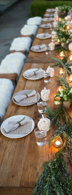 Rustic Table Setting with Rosemary #Thanksgiving #table