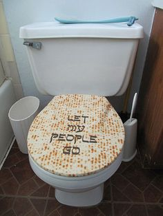 """Let My People Go"" toilet seat cover 