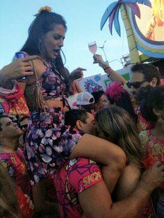 Carnaval bebeu esqueceu da mulher kkkkk