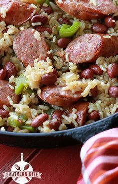 Red Beans and Rice One-Pot Red Beans and Rice Recipe. I made this and is is delicious.One-Pot Red Beans and Rice Recipe. I made this and is is delicious. Cajun Recipes, Bean Recipes, Pork Recipes, Cooker Recipes, Rice Recipes, Skillet Recipes, Pizza Recipes, Red Bean And Rice Recipe, Red Beans Recipe