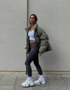 Sporty Outfits, Mode Outfits, Cute Casual Outfits, Fall Outfits, Fashion Outfits, Womens Fashion, College Outfits, Looks Style, Aesthetic Clothes