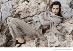 Comfortably Chic: Constanza Saravia for Styleby #27 by Andreas Öhlund & Maria Therese