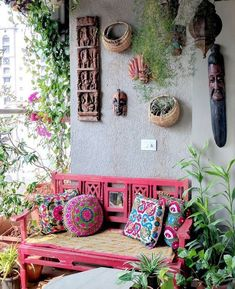 A Balcony Garden In Mumbai: Terrace Reveal - tarasy,balkony - Deco Home Hippie House, Hippie Home Decor, Indian Home Decor, Bohemian Decor, Hippie Garden, Bohemian Patio, Apartment Balconies, Balcony Design, Garden Design