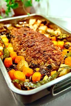Lchf, Pot Roast, Cheddar, Dinner Recipes, Ethnic Recipes, Food, Carne Asada, Roast Beef, Cheddar Cheese
