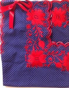 Blusas Yucatecas! Desde $270! Varios colores! Pedidos 9991 696339 o lcguarneros@hotmail.com