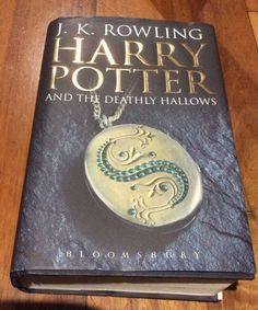 Harry Potter and the Deathly Hallows by J. K. Rowling Bloomsbury Book Preloved