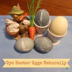How to color Easter eggs naturally! Avoid toxic food dyes. DagmarBleasdale.com #Easter #fooddyes #foodcoloring #Eastereggs #colorEastereggs #health