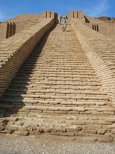 Sumerian ziggurat at Ur, where Patriarch Abraham was born and lived until he was sent to Jerusalem by the divine order.Picture: American soldiers guarding the great ziggurat of Ur from the tomb robbers. ISRAEL