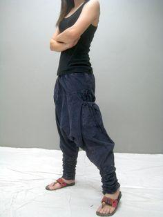 Harem NANA pant nouveau par thaitee sur Etsy Parachute Pants, Harem Pants, Trending Outfits, Etsy, Clothes, Vintage, Fashion, Unique Jewelry, Outfits