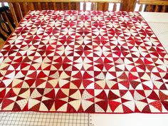 """I am participating in Sew Cal Gal's """"A Year of Red and White Quilts"""" Challenge. My entry is my """"Red and White Winding Ways."""" Here she is, quilted and bound: I quilted … Quilt Stitching, Applique Quilts, Winding Ways Quilt, Scandinavian Quilts, Kaleidoscope Quilt, Two Color Quilts, Bargello Quilts, Red And White Quilts, Quilt Patterns Free"""