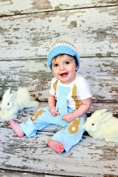 Easter Baby Boys Easter Bunny Knee Patch pants  by shopantsypants konijn Kniestukken kniebeschermers knie elleboog pads kinderen | knee elbow patches pads kids boys girls baby