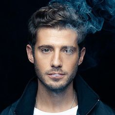 I've never seen PLL but this Julian Morris guy.blimey I've never seen PLL but this Julian Morris guy. Julian Morris, Vanessa Redgrave, Fotografie Portraits, Oliver Jackson Cohen, Zooey Deschanel, Handsome Actors, Handsome Faces, Raining Men, Hot Guys
