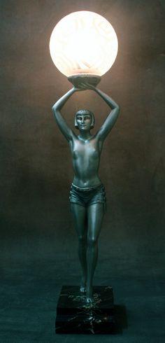 Enrique Molins-Balleste, art deco spelter lamp, France - 20th Century Decorative Arts