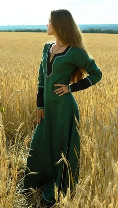 Lady Tunic medieval clothing renaissance costume, without belt