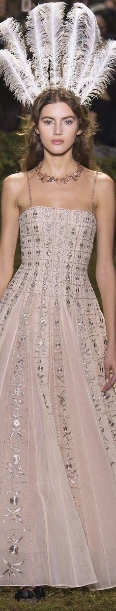 Christian Dior spring 2017 Haute Couture vogue