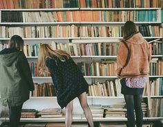 Sevra Snape , Albany and Grace Mystica in the Hogwarts library