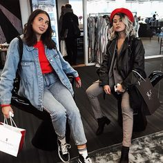 What halloween duo costume should we dress up as? and do you want to see us doing any halloween themed videos? Chic Outfits, Fashion Outfits, Party Outfits, Women's Fashion, Halloween Duos, Vintage Outfits, Vintage Fashion, Vintage Style, Duo Costumes