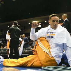 Aficionados de Lakers explotan contra Steve Nash