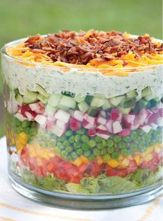 Beautiful Layered Salad Salate Warm, Salad Bowls, Soup And Salad, Veggie Recipes, Salad Recipes, Dessert Recipes, Cooking Recipes, Free Recipes, Rabbit Food