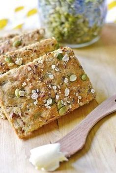 Kaura-Siemenpeltileipä (Gluteeniton), most pinned on my board. Savory Pastry, Savoury Baking, Heathy Sweets, Healthy Dinners For Kids, Gluten Free Recipes, Healthy Recipes, Bread Recipes, A Food, Food And Drink